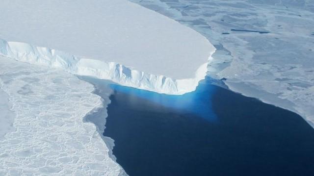 Indonesia Perlu Siapkan Strategi Antisipasi Efek Mencairnya Es di Kutub Utara