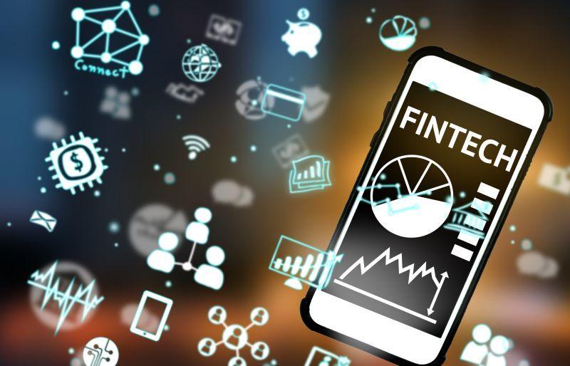 China Mendominasi Penggunaan Fintech