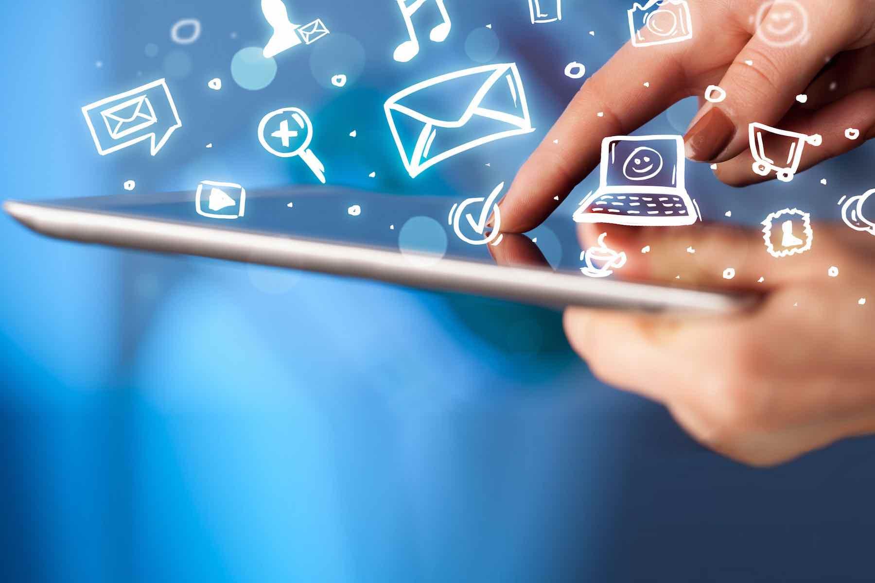 Internet dan Teknologi Membantu Manusia Lebih Efisien