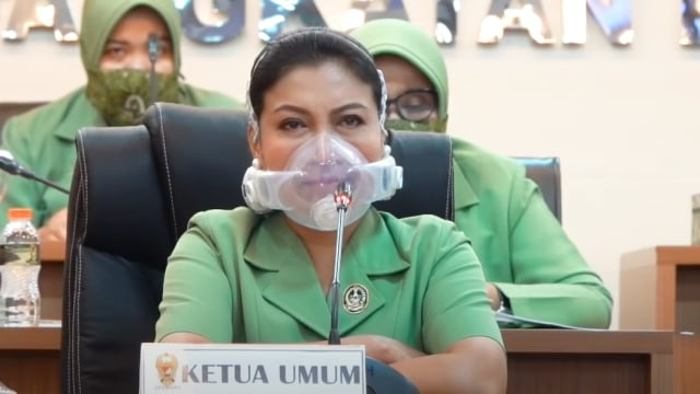 lifestyle , masker , respirator , air , clean , breath , otomatic , function